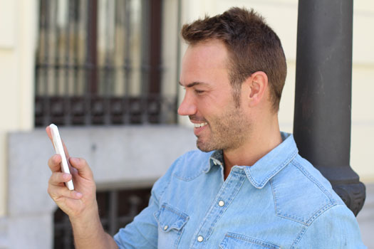 WhatsApp to Help Businesses Reach Users
